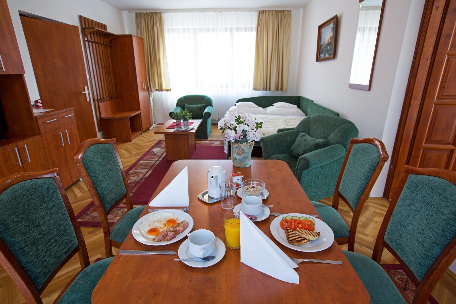 Apartment buffet breakfast